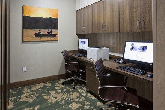 Spicer, MN: Business Center