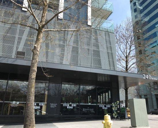 332 Manhattan Cafe: photo4.jpg