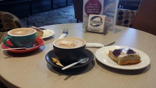 Tomakin, Australia: Coffe and tiramisu slice