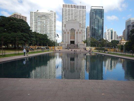 Anzac War Memorial: the reflecting pool