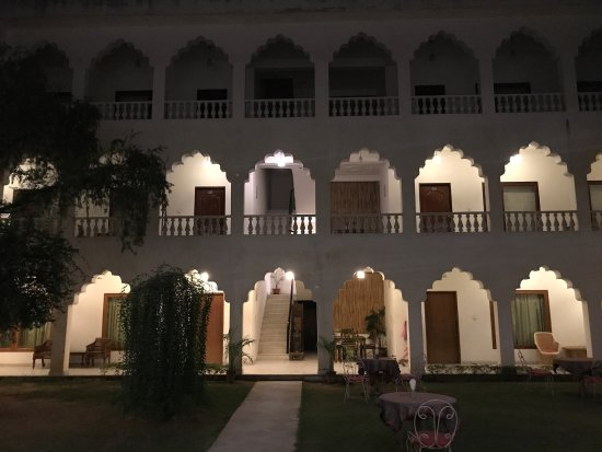 Rajasthan Palace Hotel: photo2.jpg