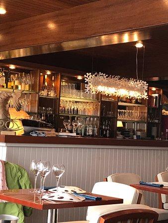 Restaurant le lenigo dans le croisic avec cuisine for Restaurant au croisic