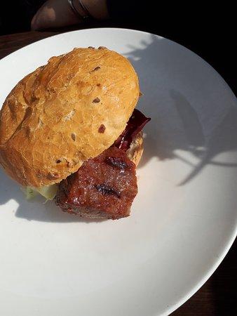 Van der Valk Hotel ARA: Steak Sandwich