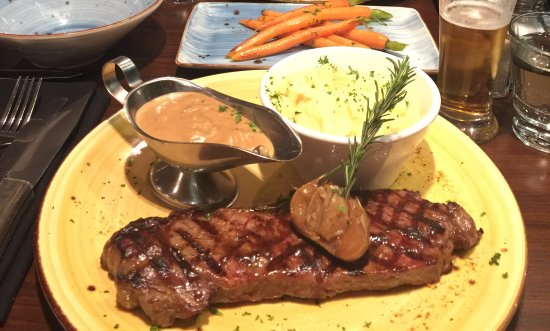 Melton, Australia: 400g Porterhouse Steak