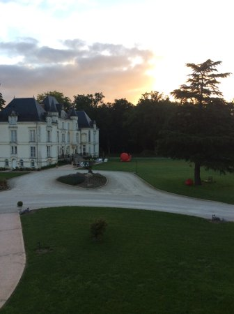 Yvre-l'Eveque, France: morning view