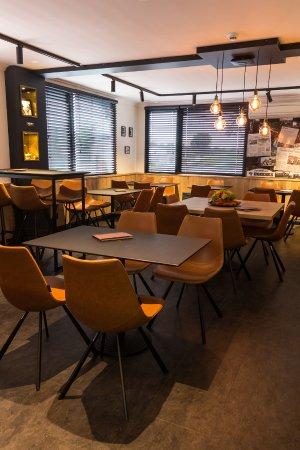 Bistro-Frit \'t Hoekske, Kerkhove - Restaurantbeoordelingen - TripAdvisor