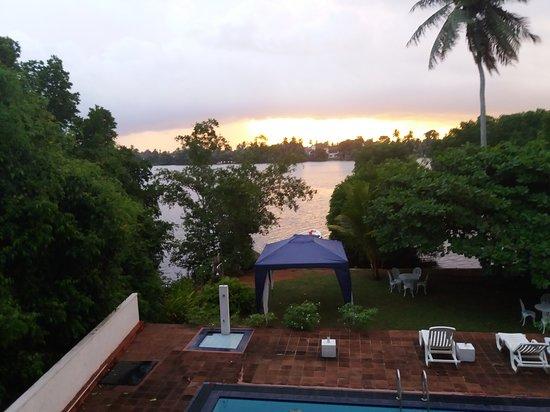 The Waterside Bentota: 20170926_175947_large.jpg