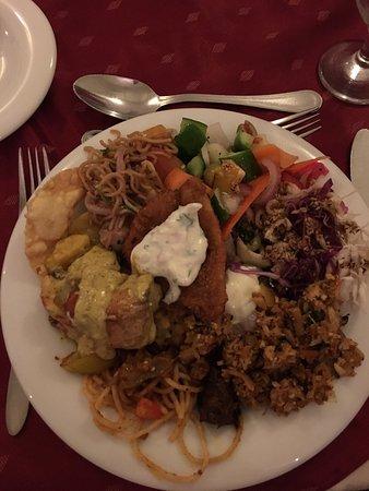 Queens Hotel Kandy Photo