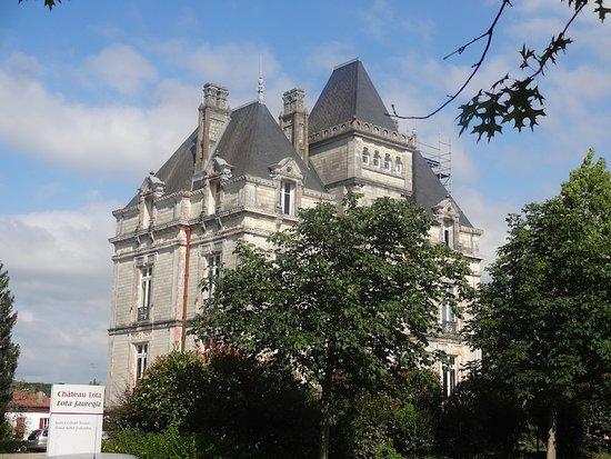 Château Lota.