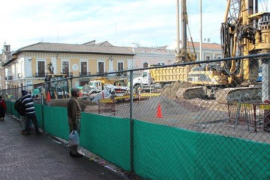 San Francisco Plaza (Plaza de San Francisco): Lavori e recinzione