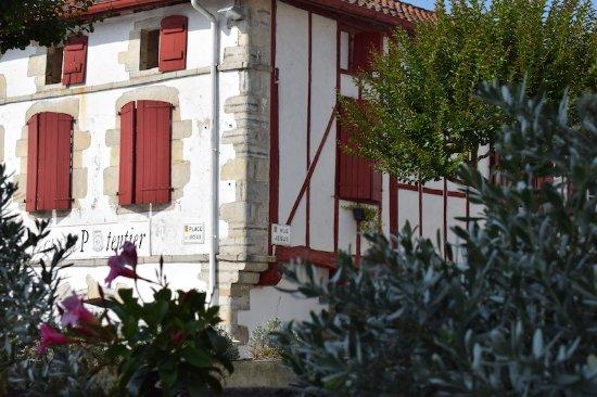 La Bastide Clairence, France : Office de Tourisme et Village, La Bastide-Clairence (Pyrénées-Atlantiques, Nouvelle Aquitaine),