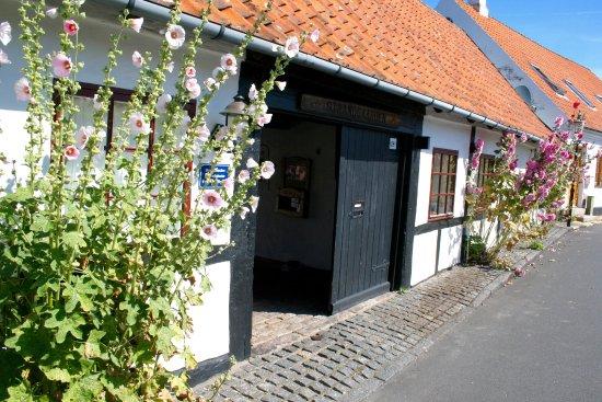 Sandvig, Danmark: Indgang til Strandgaarden