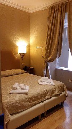 Trevi Luxury Rooms Photo