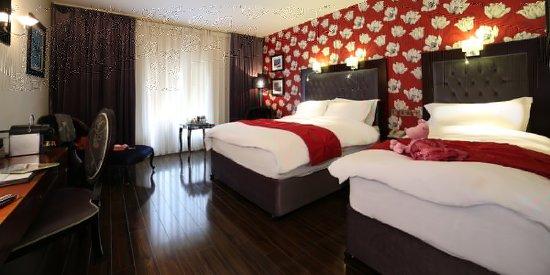 Talbot Hotel: Family Room