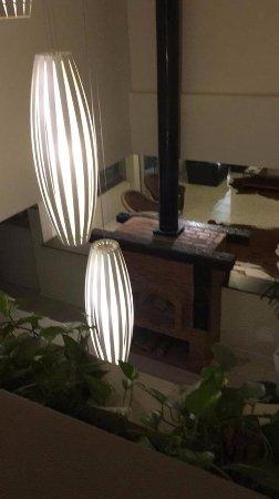 Jaguariaiva, PR: Nas noites frias acende-se uma lareira muito charmosa.