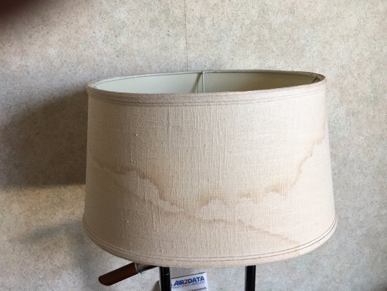 Montebello, CA: How do you stain a lampshade?