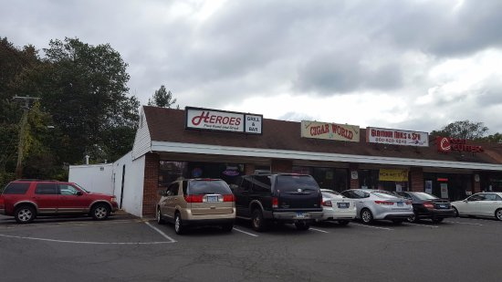 Berlin, CT: Bar Frontage