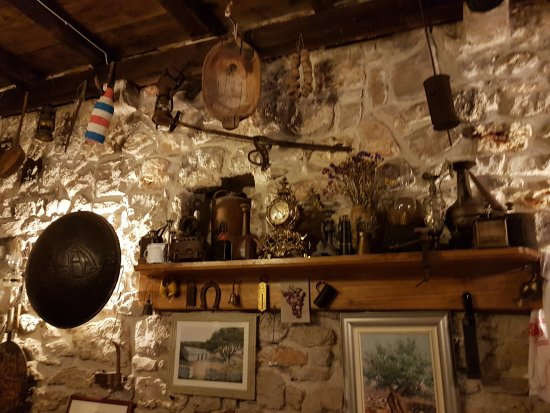 Pirovac, Kroasia: 20170727_203839_large.jpg