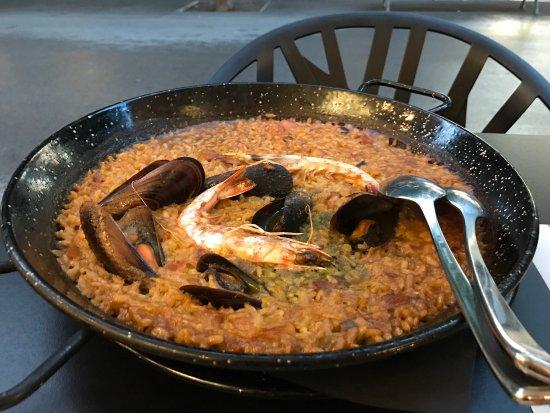 Bar marfil barcelona eixample restaurant reviews for Bar marfil barcelona