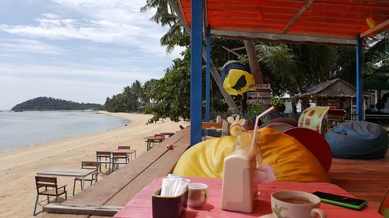 I-Talay Beach Bar & Cottages at Taling Ngam: nice Beach bar