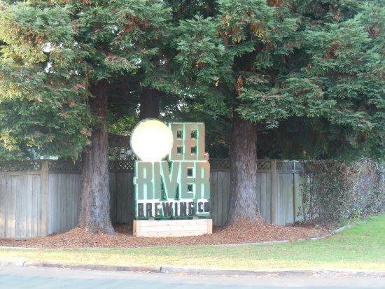 Eel River Brewing Company: EEl River Brewing Co.