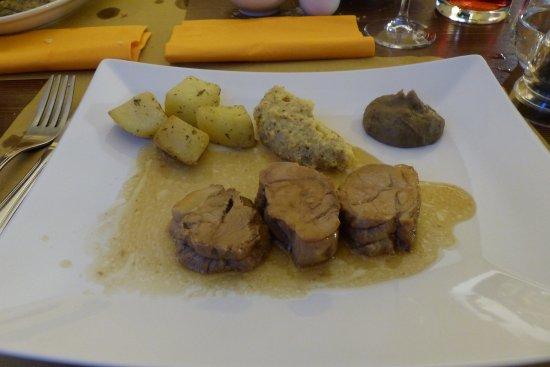 Меццегра, Италия: Speenvarken
