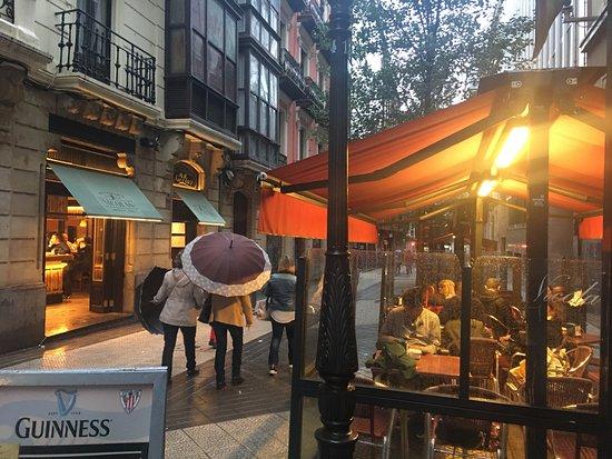 El Ambiente De La Calle Del Pintor Ledesma Picture Of Nicolas Bilbao Tripadvisor