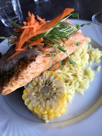 Karouzo's Steaks Seafood: photo1.jpg