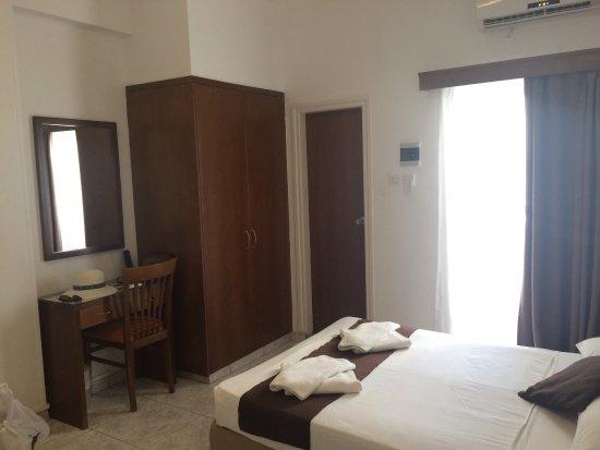 Pyramos Hotel: photo1.jpg