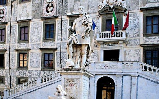 Statua di Cosimo I de' Medici