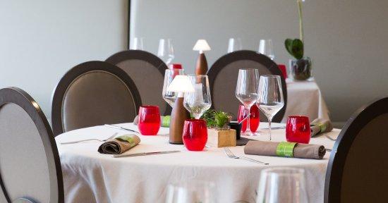Niderviller, France : Salle de Restaurant