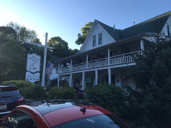 White gull inn fish creek menu prices restaurant for Main street motel fish creek