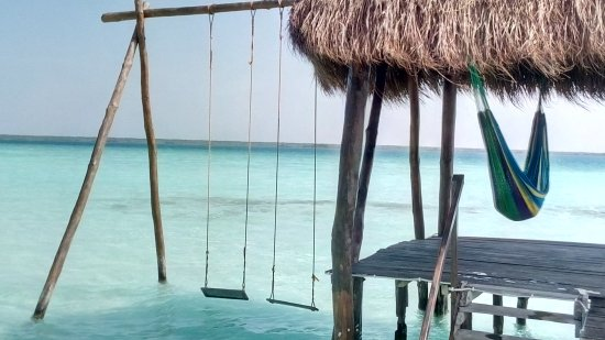 Tunnel dei pirati laguna bacalar messico 2017 picture for Villas wayak bacalar