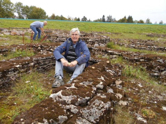 Harju County, Estonia: Bronsåldersgravfälten i Rebala.
