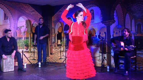 El Embrujo Tablao de Flamenco