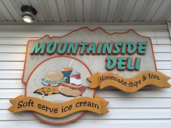 Boonsboro, Мэриленд: Mountainside Deli, home of a delicious Reuben Sandwich