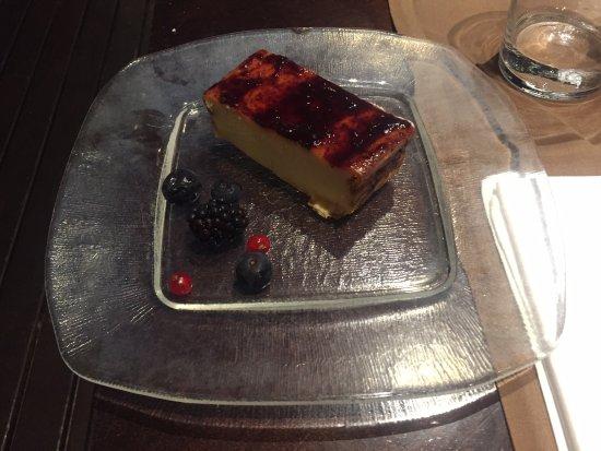 Arena Restaurant : Baked Cheesecake
