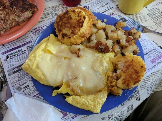 Fairfield, ME: Purple Cow House of Pancakes