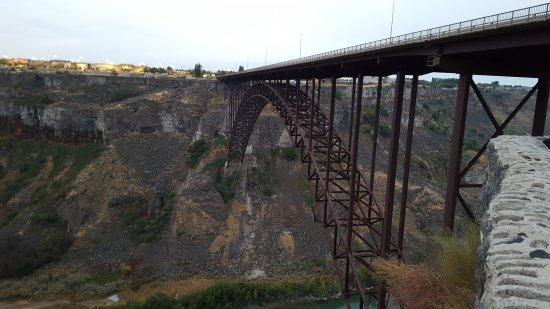 Perrine Bridge: 20170930_072713_001_large.jpg