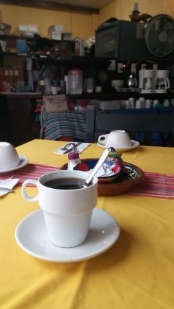 La Cazuela M & J: Isla Mujeres, Messico 2017 - Trattoria -Cazuela M & J - Servono sempre caffè!!!