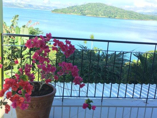 Nuevo Arenal, Kosta Rika: Bougainvilias Studio Balcony