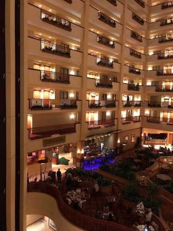 Embassy Suites by Hilton St. Louis St. Charles: photo1.jpg