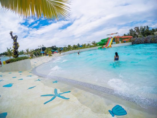 Shows a swimming pool at Palawan water park