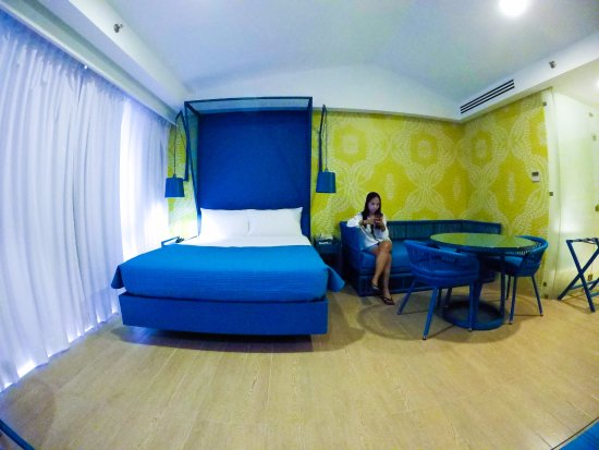 Astoria Palawan: The other room of our two bedroom suite