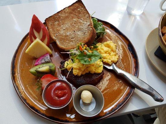 OEB Breakfast Co. : 20170916_124546_large.jpg