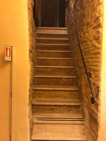 Tenaglie, Italia: Il Palazzetto dei Conti Ancajani