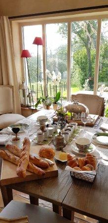 Le Prince Gourmand : Table du petit-déjeuner