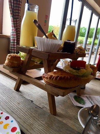 Lifton, UK: The afternoon tea