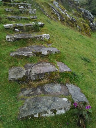 Dolwyddelan, UK: The steps to the castle