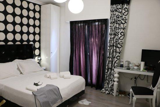la chambre double classique - Picture of Athens Diamond Homtel ...